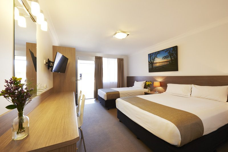 Narrabri Accommodation, the Adelong Motel, has recently renovated rooms with free internet, widescreen TVs and designer finishes