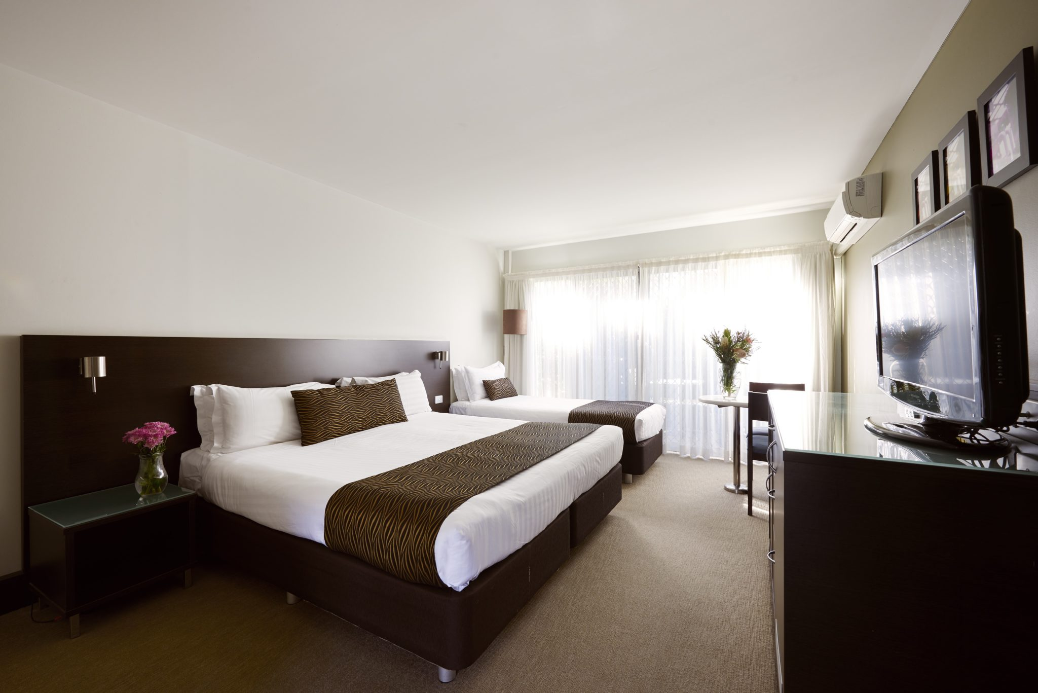 Suite in Parkes