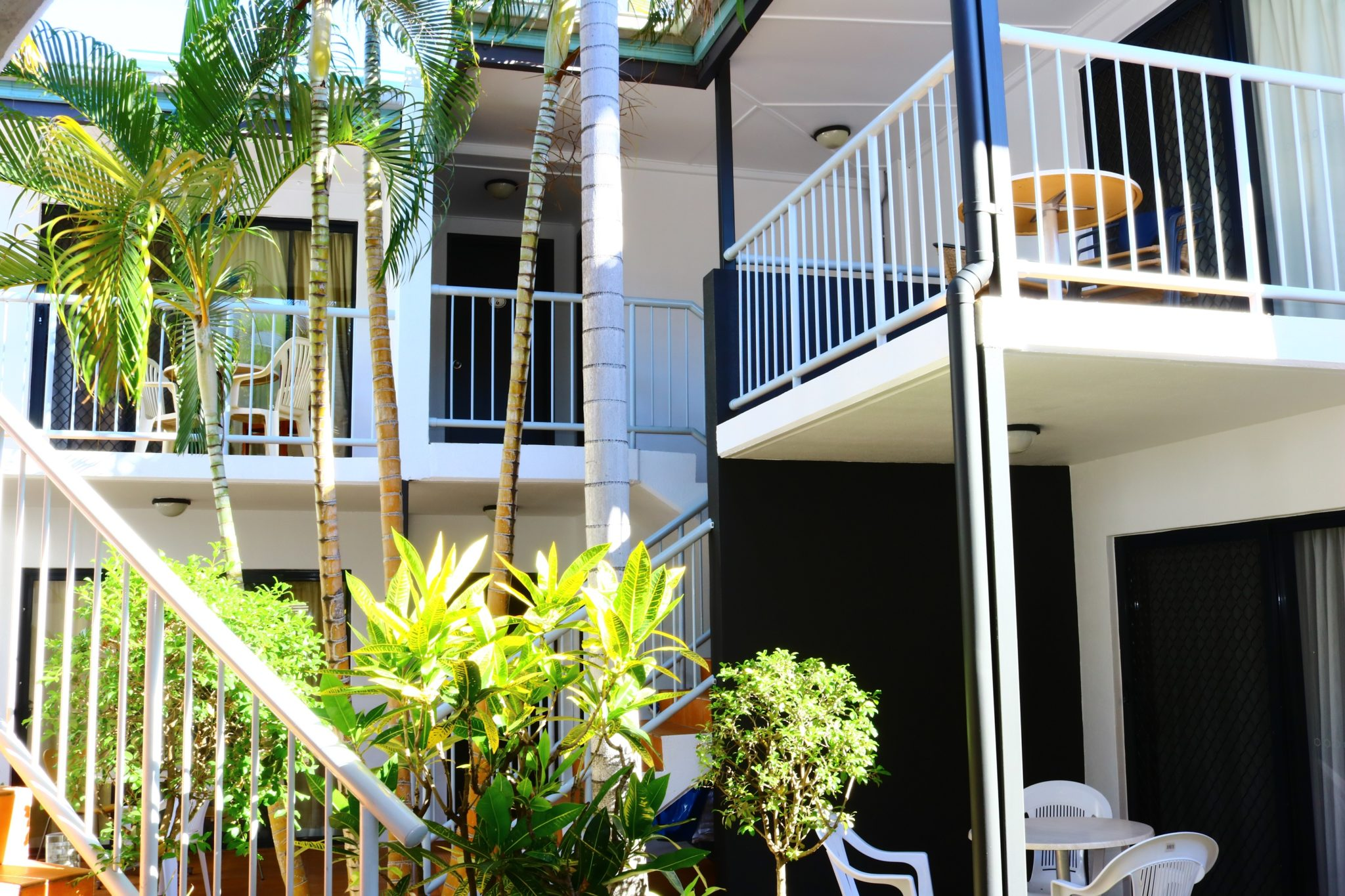 Coffee House Apartment motel in Rockhampton is over two levels and is pet friendly